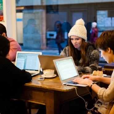 Россия оплатит студентам учебу в Оксфорде и Кембридже