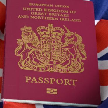 Любить Россию с британским паспортом