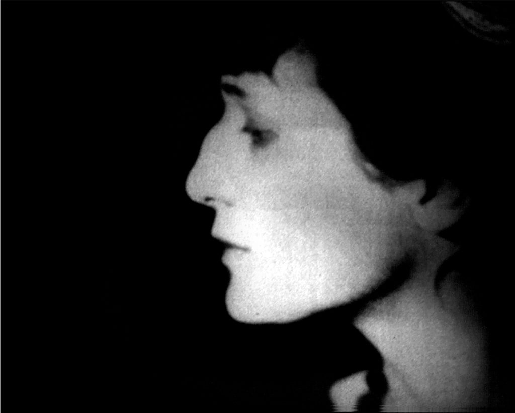 Akhmatova_Film_Press_2
