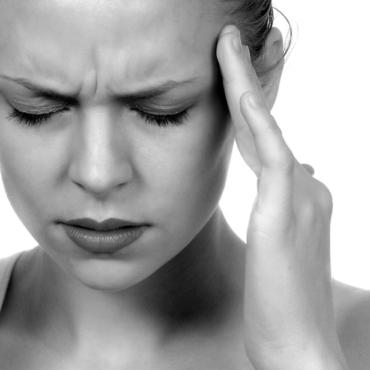 Психосоматика: когда боль души становится телесной