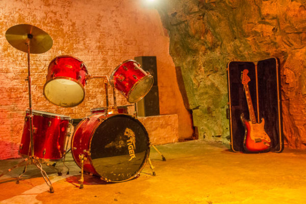 raves in the caves-3