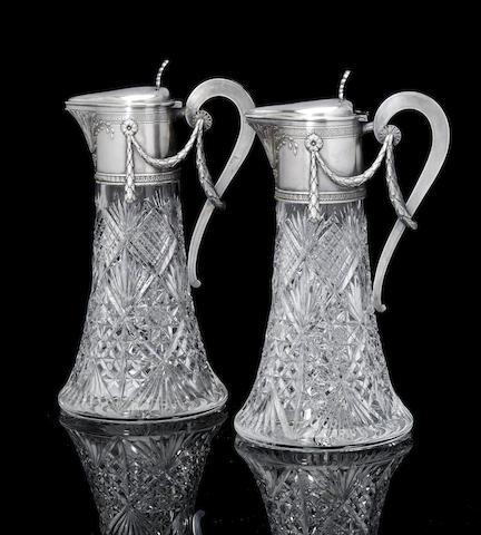Пара кувшинов их хрусталя и серебра (предварительная оценка £5000 - £8000)