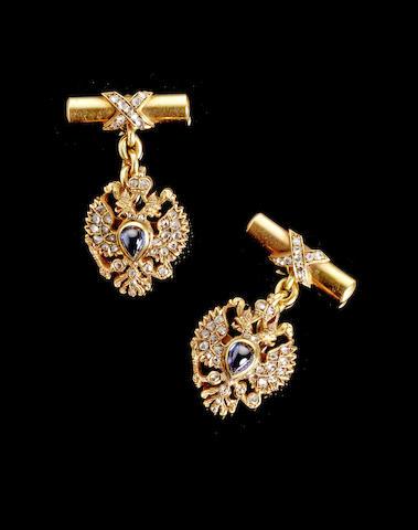 Золотые запонки «Фаберже» (предварительная оценка £7500 - £8500)