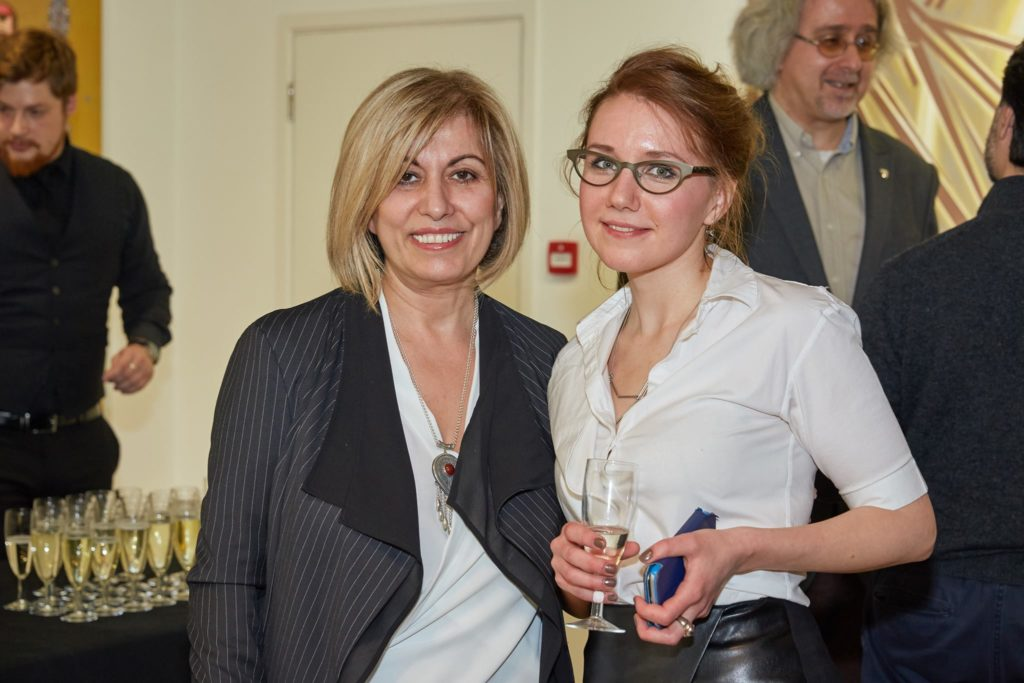 Карина Солловэй (AngloMediacal, Поликлиника №1), Катя Никитина