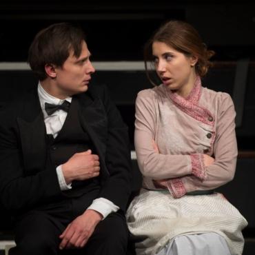 «Любовь в футляре» и русский театр в Лондоне. Интервью с Владой Лемешевской