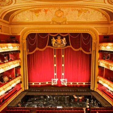 Новый сезон и новая система продажи билетов в Королевской опере