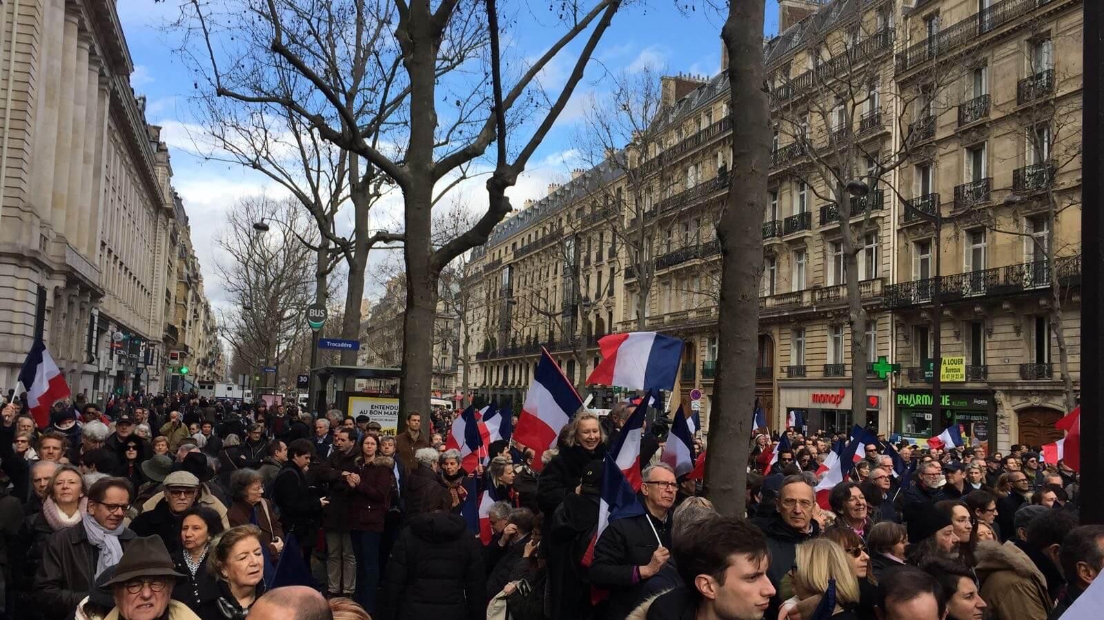Демонстрация в поддержку Фийона, 5 марта
