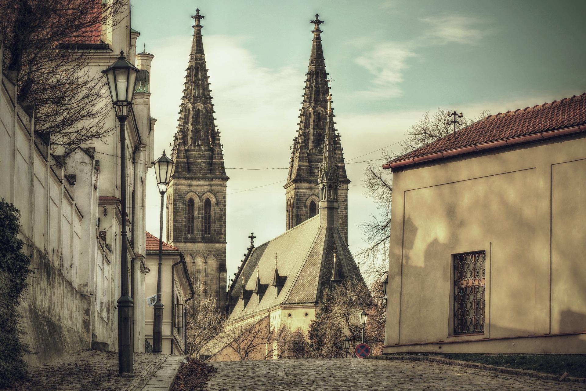 Как поступить бесплатно в университет Праги
