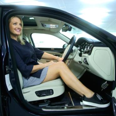 Девушка из Латвии работает водителем «Убера» в Лондоне, и ей это нравится