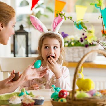 Зайцы и яйца. Чем заняться с детьми на Пасху