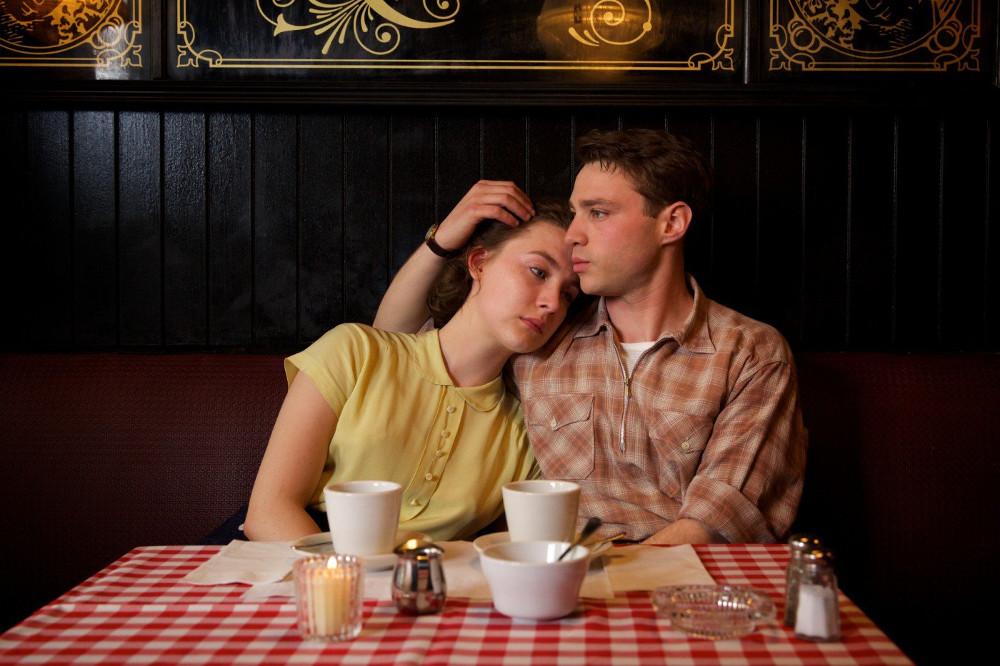 """Уехал навсегда: """"Бруклин"""" и еще четыре фильма о переезде в другую страну, которые лучше посмотреть ДО"""