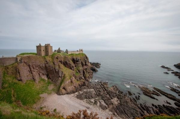 """Маршрут на три дня в Шотландии: ностальгия по """"Игре престолов"""", безлюдный пляж и музей быта"""