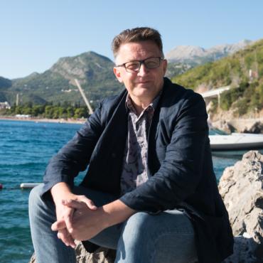 Рустем Адагамов: «Я уже никакой не блогер. Я такой, знаете… дерево саксаул»