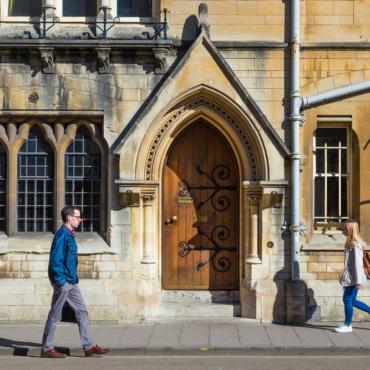 Почему британские университеты теряют популярность среди иностранных студентов