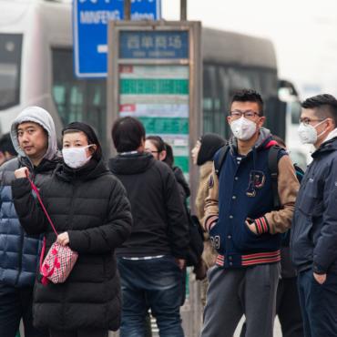 Зачем русские и европейцы едут в Китай и почему они там не задерживаются