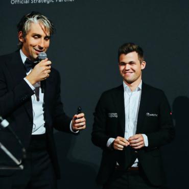 В Лондоне начался бой за звание чемпиона мира по шахматам. Его открыли Аркадий Дворкович и Илья Мерензон