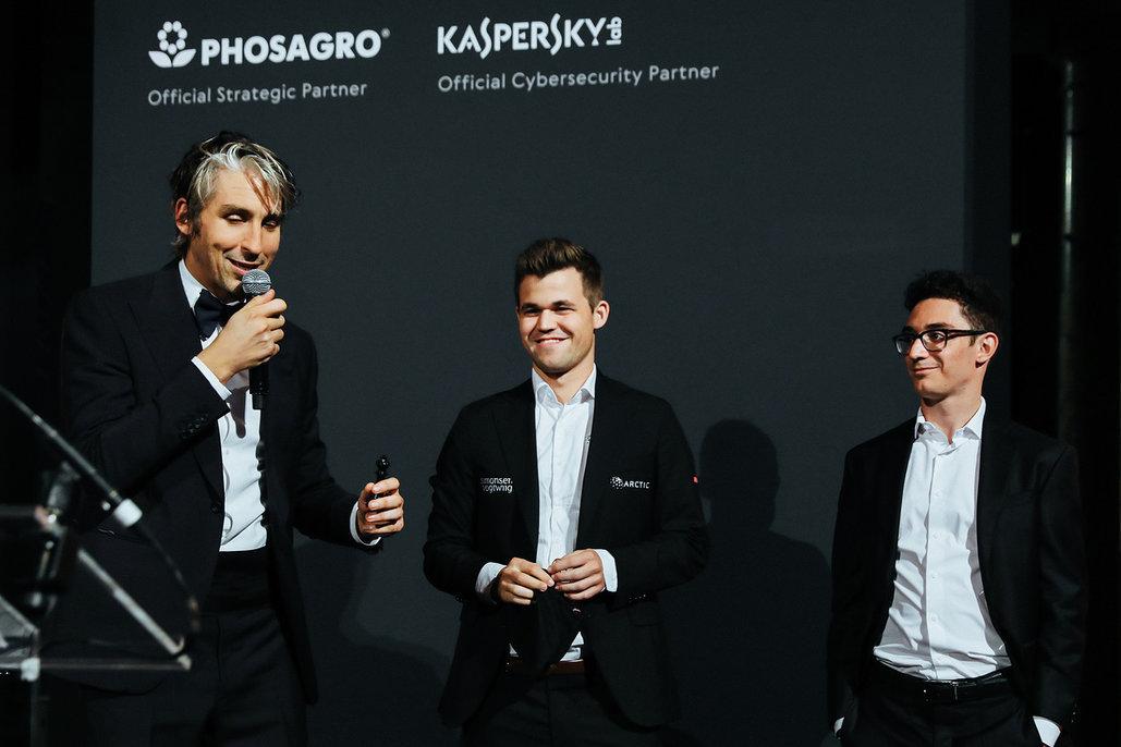 World Chess Магнус Карлсен и Фабиано Каруана