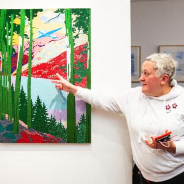 В Лондоне открылась выставка Ольги Солдатовой «Рождественский полет»