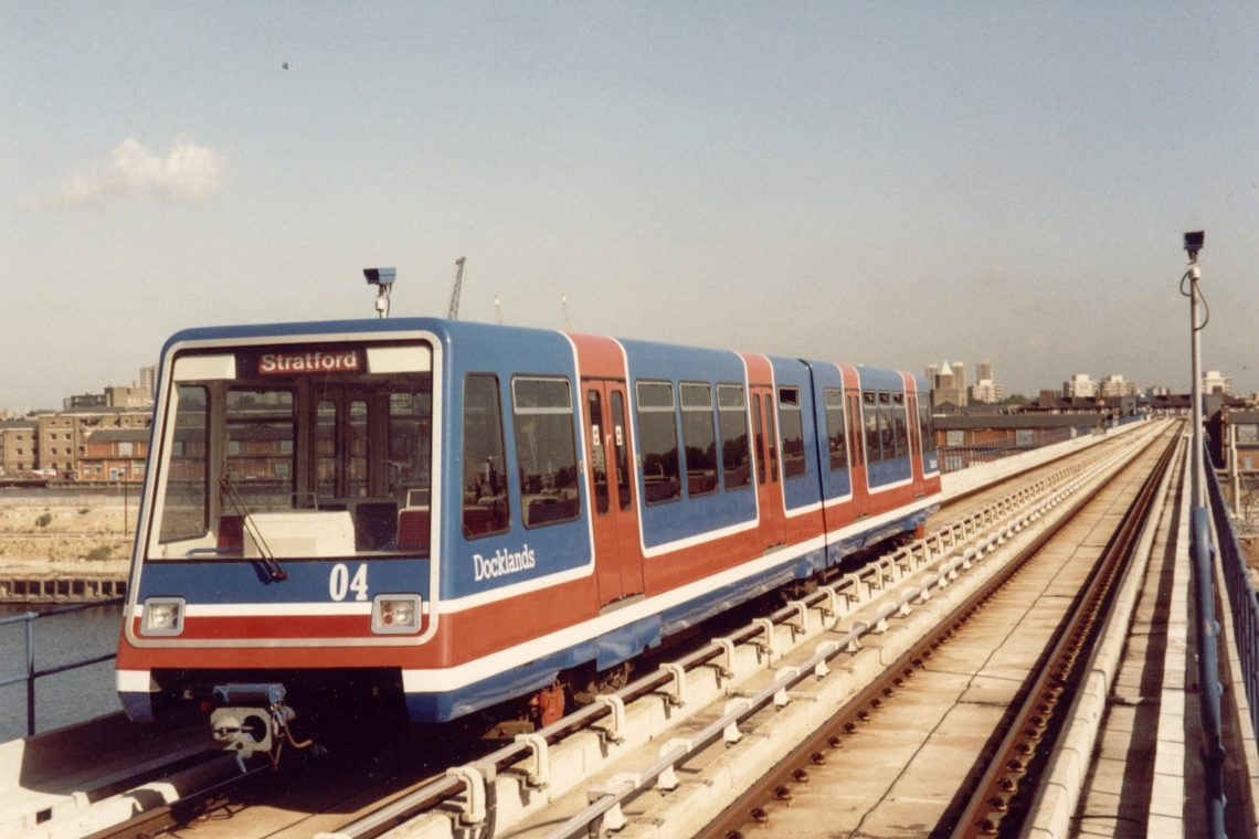 190 лет любви и недовольства. Краткая история лондонского транспорта