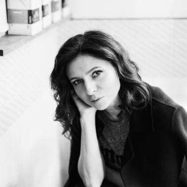 Алиса Хазанова: «Слово «эмиграция» я по отношению к себе не применяю»
