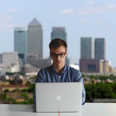 В UK с сегодняшнего дня отменены предпринимательские визы. Зато открыты визы для стартапов и новаторов
