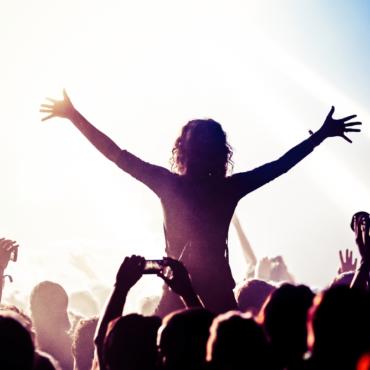 От The Cure до A$AP Rocky: главные музыкальные опен-эйры Европы этого лета