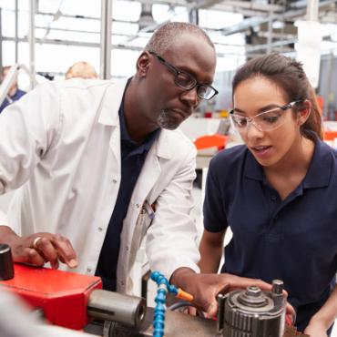 Degree apprenticeships: чем «заочка по-британски» лучше/хуже, чем обычная учеба в университете