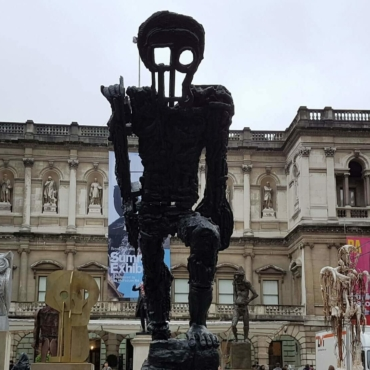 Летняя выставка в Королевской академии: От Бэнкси до Вендерса