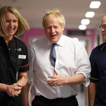 Джонсона обвиняют в том, что он намерен продать NHS американцам. Это правда?