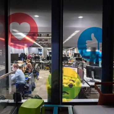 Facebook в Лондоне привлекает тысячу новых сотрудников