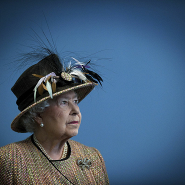 Доходы королевы и ее семьи: монархия НЕ живет за счет налогоплательщиков
