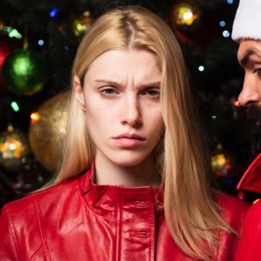 Пережить Рождество и не разругаться: почему семейное торжество часто заканчивается ссорой