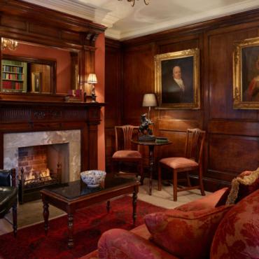 Баржа, суд, полицейский участок: 11 самых необычных отелей Лондона