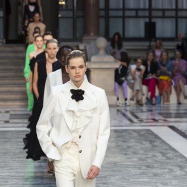 Планы на февраль: London Fashion Week, научные шоу, Хибла Герзмава и многое другое