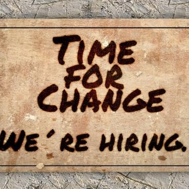 Потеряли работу из-за пандемии? Мы собрали полезные ссылки — в стране появились тысячи новых вакансий