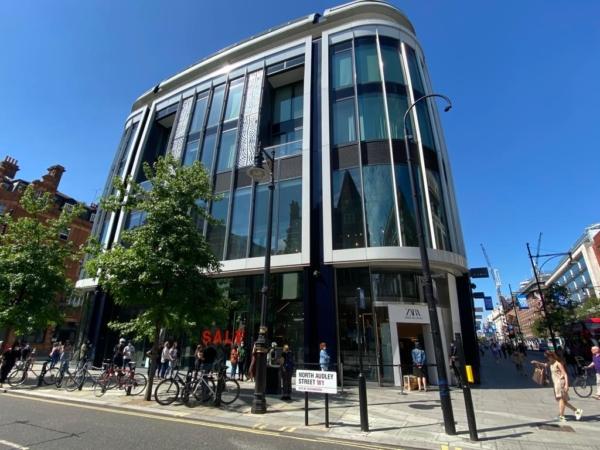 Очередь в ZARA на Оксфорд-стрит