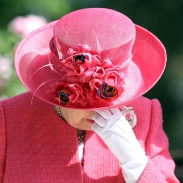 10 публичных скандалов с участием членов британской королевской семьи