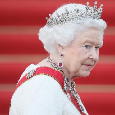 8 знаковых драгоценностей британской Короны