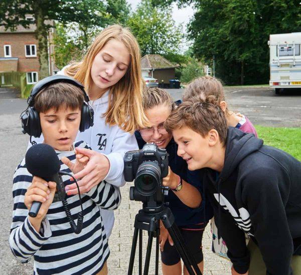 Международный кинолагерь для детей Maksatics Camp