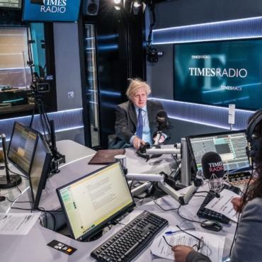 Маша Слоним о Times Radio, подкасте для собачников и дистанции в соцсетях