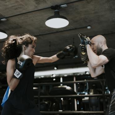 «Занимаюсь боксом в удовольствие». Оля Сардарова — о спорте, ЗОЖ и любимых приложениях