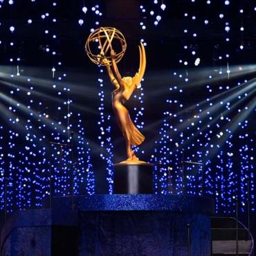 «Корона», «Убивая Еву» и другие: сериалы номинированы на премию «Эмми»