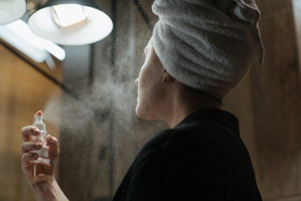 Чудодейственная органика и крем «от морщин». Косметолог — о мифах, в которые не стоит верить