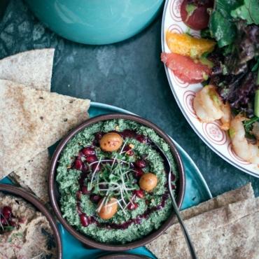 Хинкали, хачапури, чахохбили. ZIMA рекомендует: где пробовать грузинскую еду в Лондоне