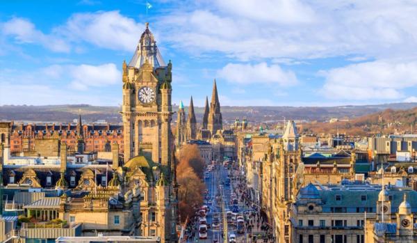 Пять различий путешествия в Великобритании и в США