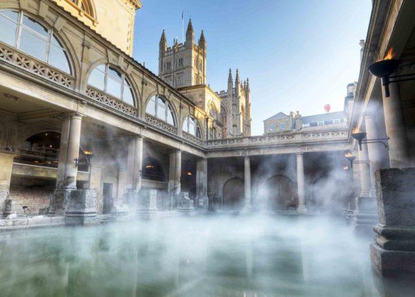 Вид на Римские термы и собор