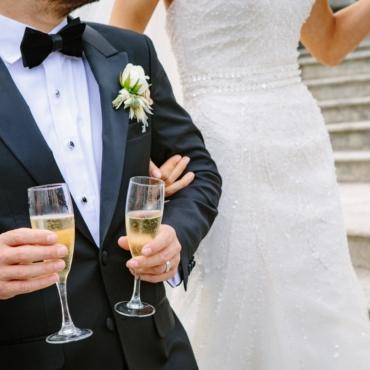 Личный опыт: как получить визу жены в условиях пандемии и сколько это стоит