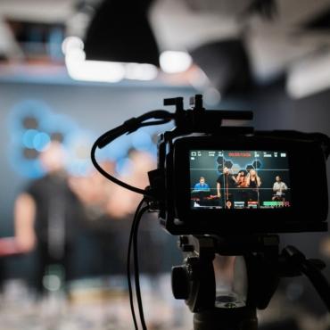 Режиссер «Миллионера из трущоб» набирает лондонцев для съемок нового проекта