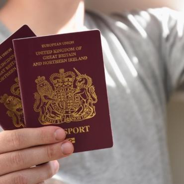 Чек-лист: как путешествовать с британским паспортом по Европе после 1 января