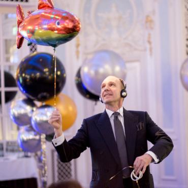 10 лет поддержки. Как Рэйф Файнс и другие знаменитости помогают российским детям